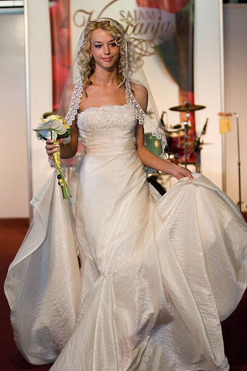 Vjenčanice - Page 5 2007_02_10_sajam_vjencanja_12